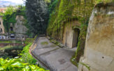 famous tombs in Naples