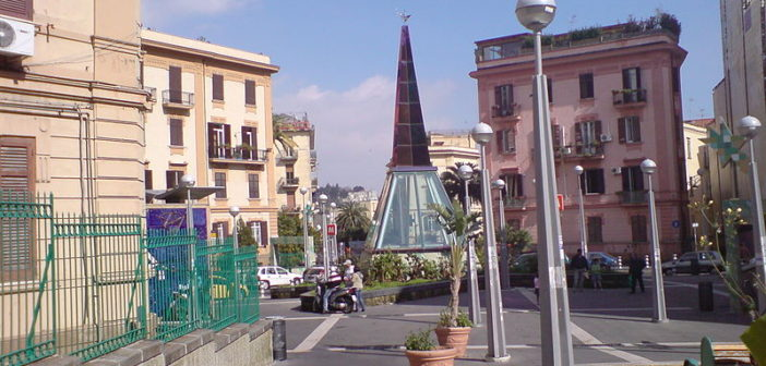 """Materdei, the art station near the streets of """"The Gold of Naples"""""""